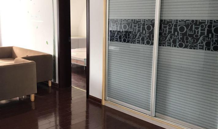 南通租房 启东市 万豪花园  1/1 2500 元/月 2室2厅1卫 110㎡ 南 方式