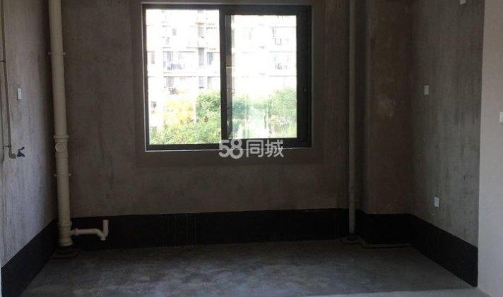 南通 湖畔天下 3室2厅2卫 140平米