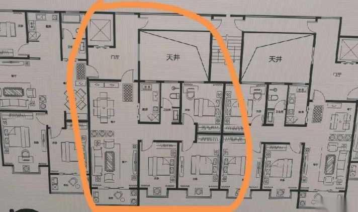 鹤壁二手房 淇滨区 > 天馨德馨园   1/1 65 万 5885元/平米 3室2厅1卫