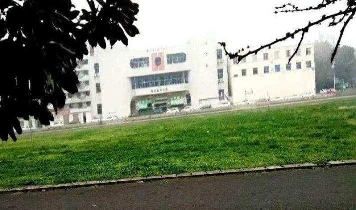 荆州 荆州医院人民路卫校 2室2厅1卫 93平米