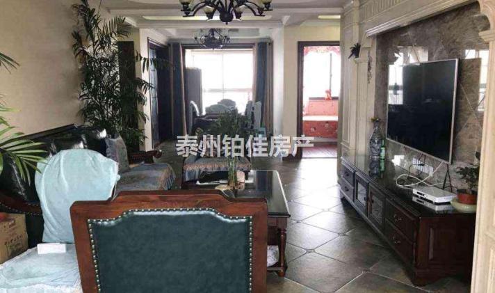 泰州二手房海陵区>鹏欣领誉1/1175万14112元/平米3室2厅2卫贴工价墙纸图片