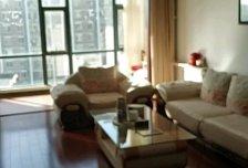 3室2厅2卫1阳台12500元/月,家具家电齐全楼层