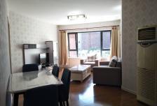 阳光100国际公寓全套高档家私电,设施完善