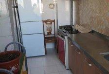 2室1厅1卫1阳台1700元/月,环境幽静,居住舒适