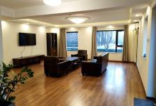 阳光100国际公寓4室2厅3卫1阳台万元元/月,干净整洁,随时入住