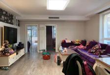 新月家园新上精装3居室 有加盖30平米小院 年后可入住