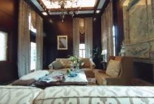 使用面积830平,花园500平,美式古典风格