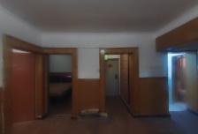 大社区,生活便利,3室1厅1卫1阳台4500元/月普通