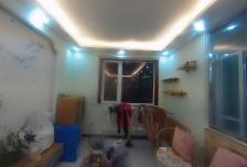 2室1厅1卫1阳台5500元/月,环境幽静,居住舒适