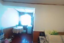 2室1厅1卫1阳台5000元/月,封闭小区,随时入住