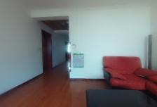 颐阳山水居东区地铁精装3室2厅2卫1阳台,交通便利,设施齐全