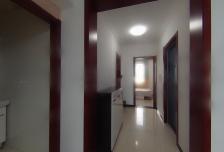 出租同泽园西里两居室 家具家电齐全3500不包物业取暖